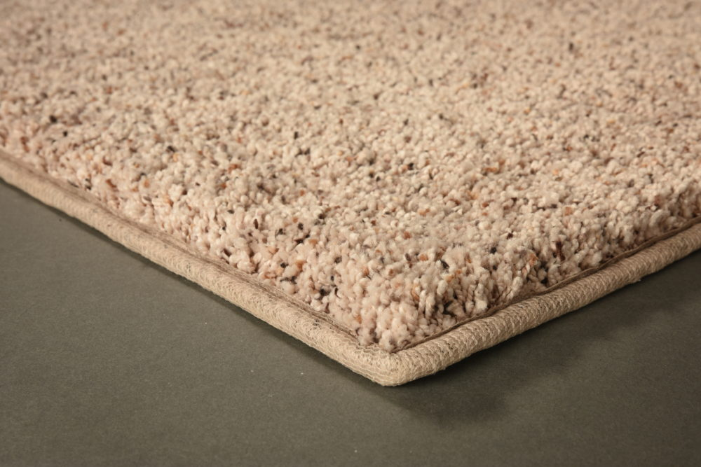 Carpet_Mohawk_Softly_Inspired_III_Mineral_Middle_Family_01